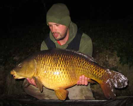 Jamie Parr 26lb Common Carp from Emperor Lakes taken on M25 10mm pop up